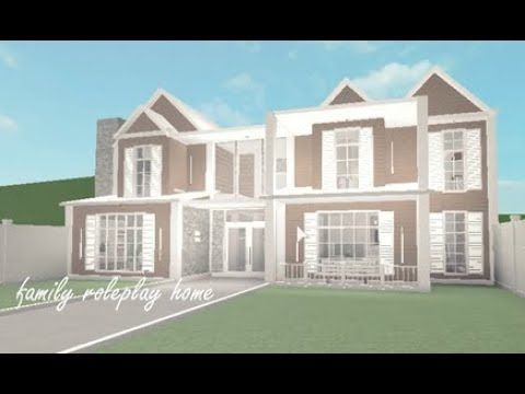 Bloxburg Family Roleplay Home Speed Build In 2020 Modern Family House Family House Plans Building A House