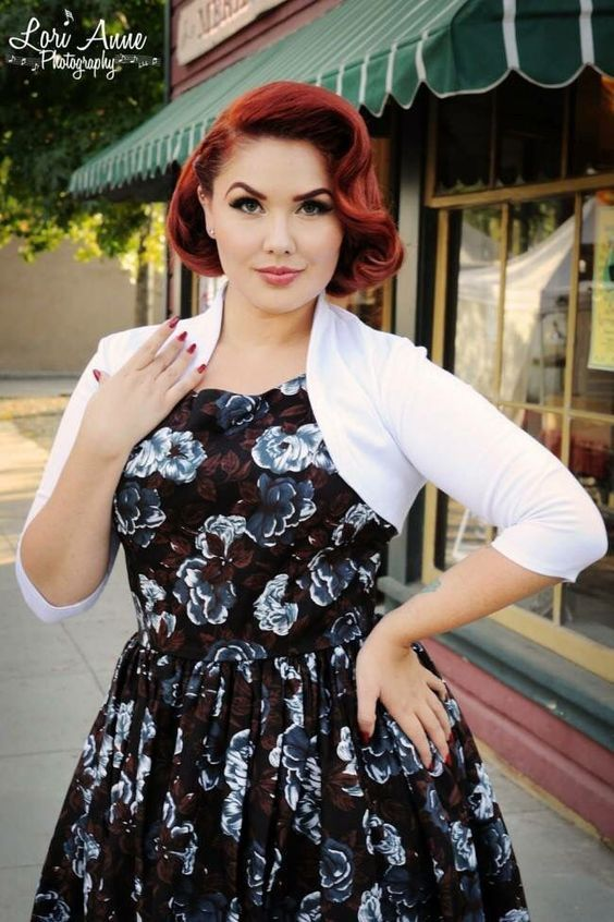 If You Want Cute And Vintage Short Hairstyles Pinup Pin Curls Then I Will Say That You Have No Need T Rockabilly Short Hair Pinup Hair Short Vintage Hairstyles