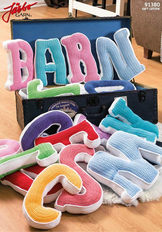 Free pattern: crochet the alphabet!