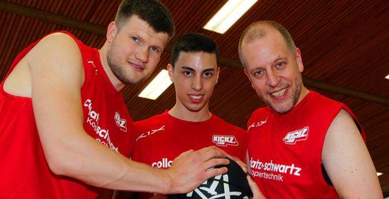 Lotto King Karl wirft beim Basket Bowl - Lotto King Karl und Sascha Dimitrenko…