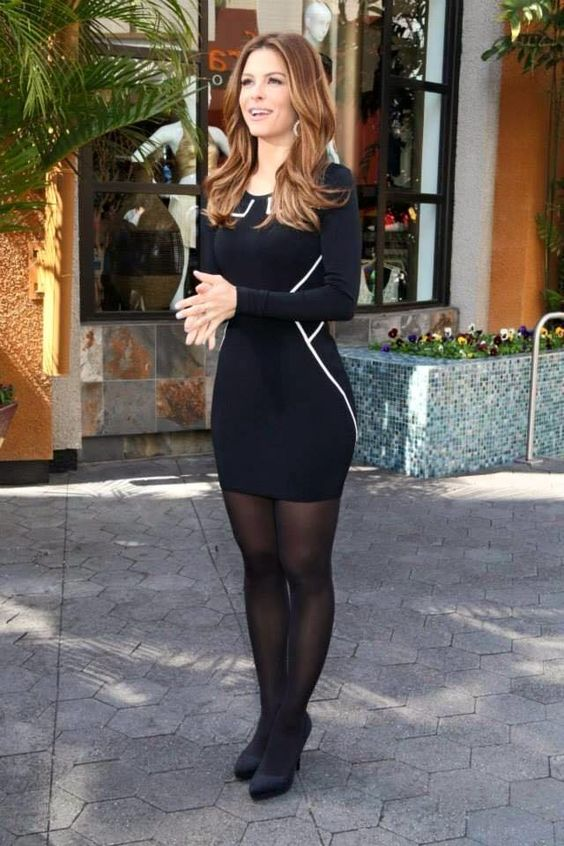 The more girls that know that guys love their legs in pantyhose, the more girls will wear pantyhose to look attractive for the guys!