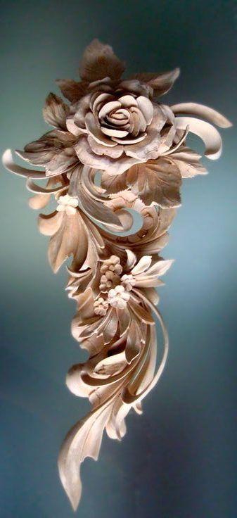 Foliage hand carved wood flowersゝ。artist alexander