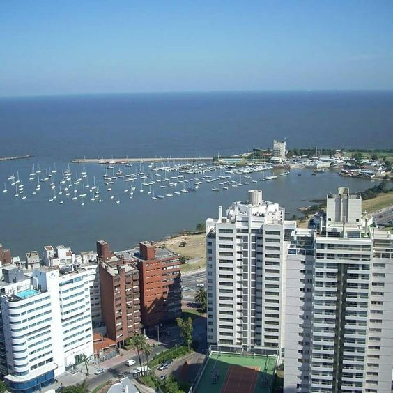 Puerto  del Buceo Montevideo. Uruguay.
