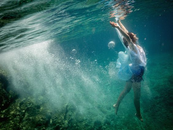 underwater fashion and portrait photography — by LEXI LAINE PHOTOGRAPHY