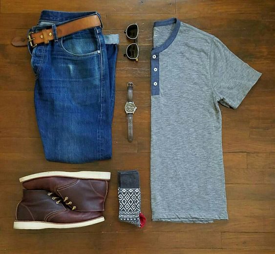 Outfit grid - T-shirt & jeans