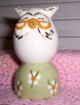 Owl #944 16.1202.2 WISE OWL CHARACTER EGG PIE BIRD