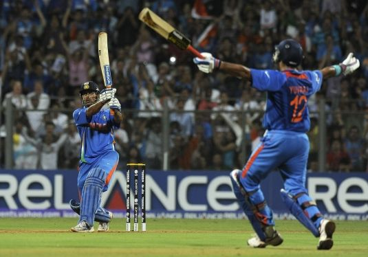 Ms Dhoni 2011 World Cup Winning Shot Wallpaper All Hd Wallpapers Ms Dhoni Wallpapers Cricket World Cup Dhoni Wallpapers