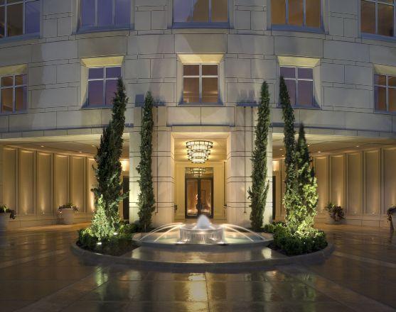 fountain entry - Ritz Carlton Dallas