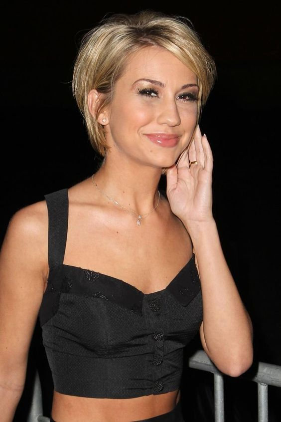 chelsea kane. another style I can't wait for my hair to be able to achieve.