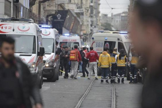 Suicide bomber kills 4, wounds 36 in Istanbul #Istanbul...: Suicide bomber kills 4, wounds 36 in Istanbul #Istanbul… #Istanbul