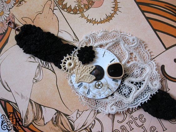 The Dollie Collection Vintage by artefactredux on Etsy, $28.00