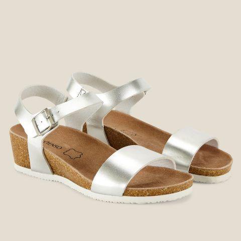 Inextenso Sandaly Blyszczace Na Koturnie Srebny Inextenso By Auchan Sandal Espadrille Fashion Boots Espadrilles