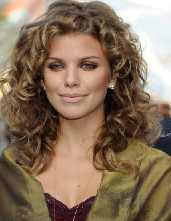 Stupendous Curly Haircuts Haircuts For Oval Faces And Oval Faces On Pinterest Hairstyles For Women Draintrainus