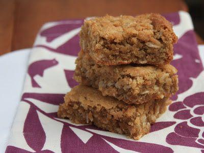 Bridget's Green Kitchen: Tahini oatmeal squares
