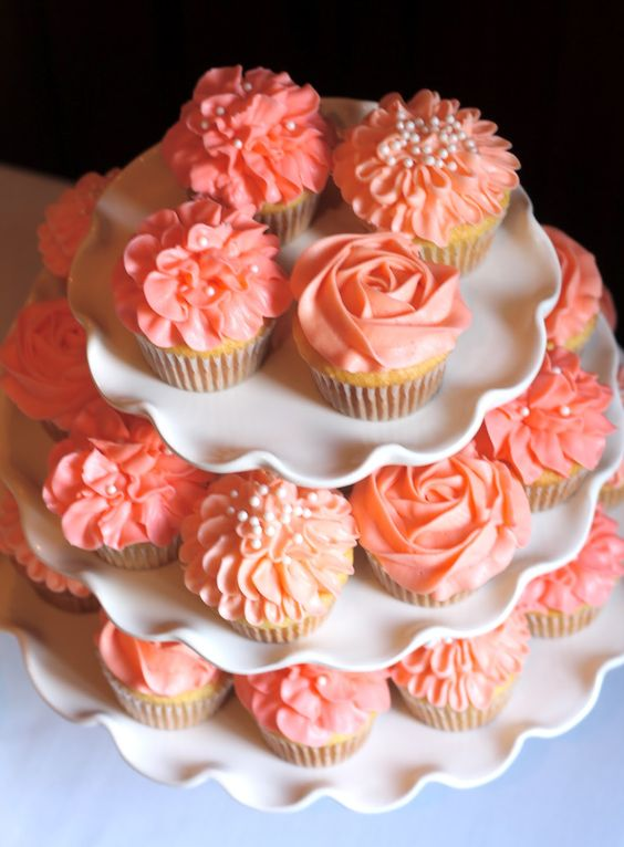 Coral Cupcakes-such a cute rose looking design