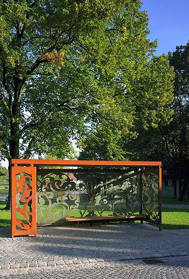 Corten Steel Bus Stop. I'd be happy to see this structure in my garden!