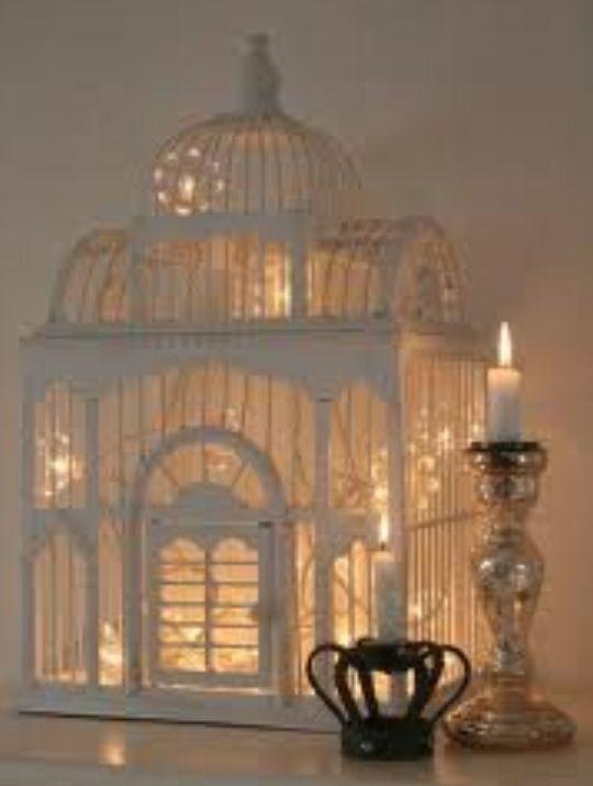 Luminária de gaiola.
