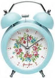 El despertador  15. Yo tengo un despertador celeste (light blue-azul) y es muy bonito.