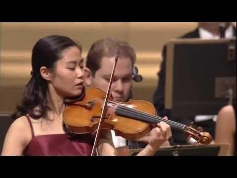庄司紗矢香さん:チャイコフスキーヴァイオリン協奏曲ニ長調 作品35 2of2
