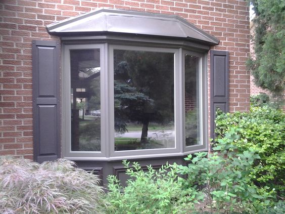 Flat Roof Skirt : Replace a simple flat window with beautiful bay