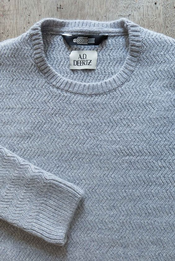100% wool classic 'Willow' pullover from A.D.Deertz in Light Grey