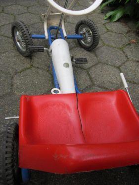 kettcar oldtimer von kettler 70 39 er jahre gebraucht kettcar in niedersachsen wilhelmshaven. Black Bedroom Furniture Sets. Home Design Ideas