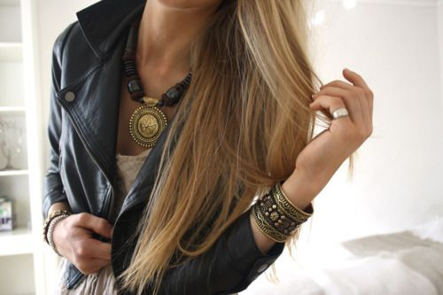 <3 all of it. hair. jacket. jewerly.