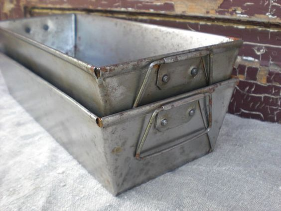 Baking Pans Farmhouse Kitchens And Industrial On Pinterest