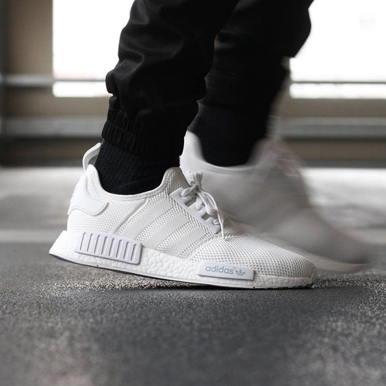 setvtc adidas NMD Runner - Triple White | Adidas nmd, Adidas and In time