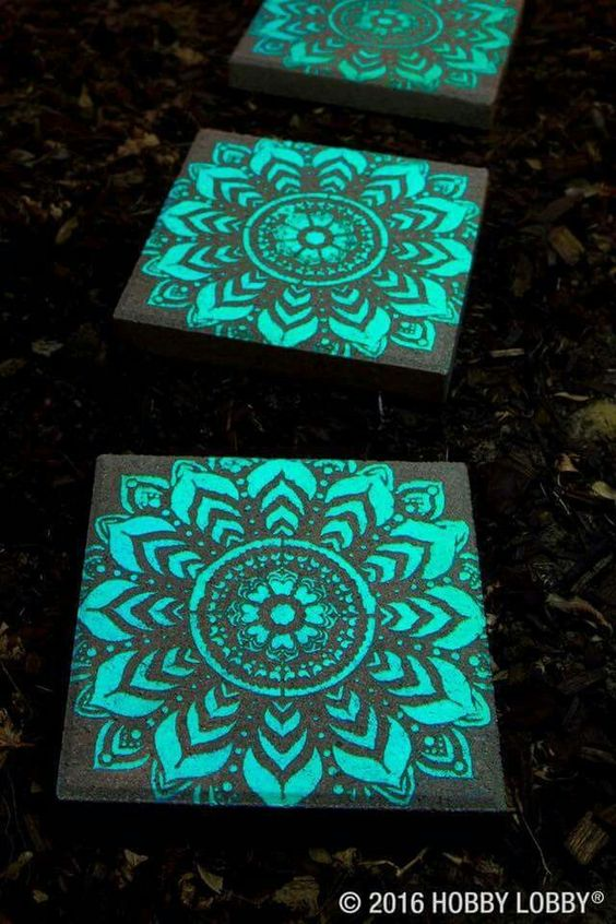 Paint stepping stones with glow in the dark paint - so pretty!