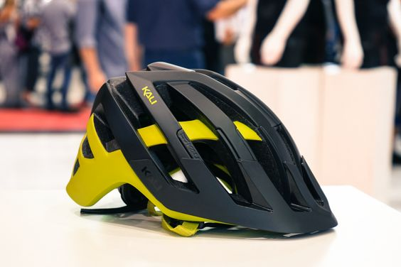 This Cutting Edge Bike Helmet Uses Squishy Lego Blocks To Improve Safety - Core77