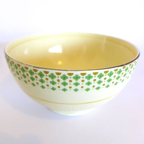Art deco newhall pottery 1930s sugar bowl dish diana shape for Diana dishes