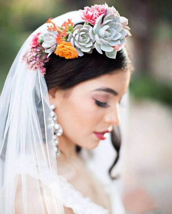 #allthingsbridal #potd #picoftheday #photooftheday #wedding #weddingdress #weddingtheme #weddingideas #bridal #igers #followme #london #paris #nyc #wcw #tbt #fbf #love #instafollow #instalike #mua #makeup #hairdo #elegant #vintage #instagood by bridal_dreams