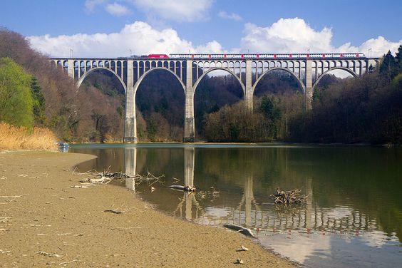 Viaduc de Grandfey, Fribourg (FR) (13769297734) - Grandfey-Viadukt – Wikipedia – Foto ClearFrost