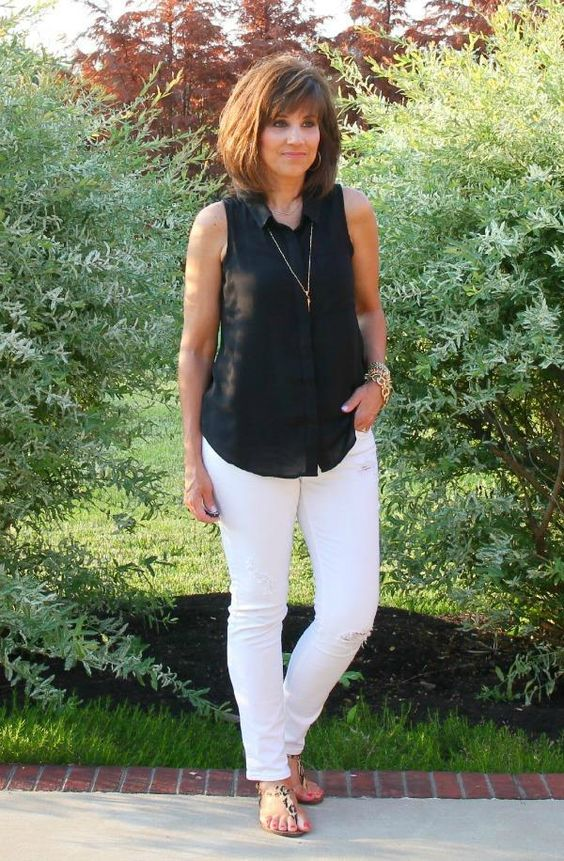 It's Friday and it's Day 11 of my 26 Days of Summer Fashion. I'm keeping it simple today.  #summerfashion #ootd #whatiwore #graceandbeautystyle