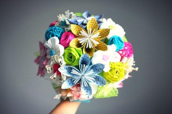 Bouquet de mari e diy fleurs en origami tissu kanzashi for Bouquet de fleurs origami