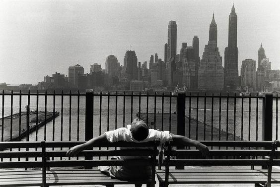 "Louis Stettner, ""Brooklyn Promenade"", New York, 1954…"
