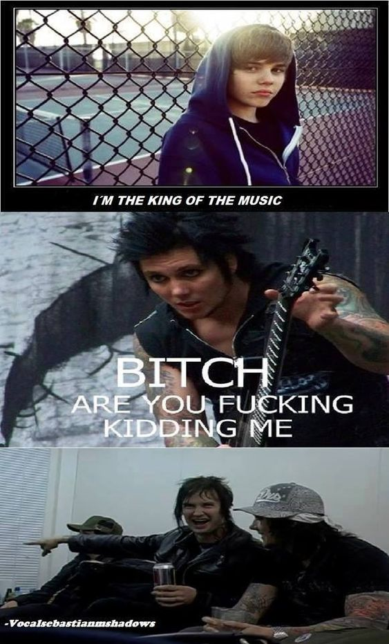 I think this just made me laugh so hard I nearly fell to the ground. And again Synyster Gates shows off his brilliant come backs... And there's The Rev (RIP) in the bottom part just laughing his head off as he would've usually done.  Classic..