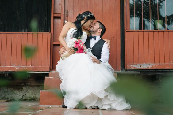 Maria Teresa & Pablo   Fcolectivo Amor, miradas y muchas sonrisas! #fcolectivo #fcolectivophotography #smile #love #matrimonio #amor #award #bodas #matrimonios #weddingblog #cartagena #weddingdress #weddingideas #groom #picoftheday #weddingring #matrimonios #bouket #art #family #weddingplanner #blogger #weddingdecoration #planeadoradebodas #events #eventos #wedding #inspiration #colombia #weddingplanner #weddingring #perfectbride
