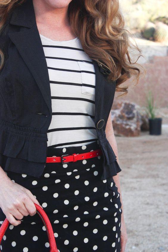 Reavivando o preto & branco com detalhes em vermelho. Sofisticando o comum! More mixed patterns: