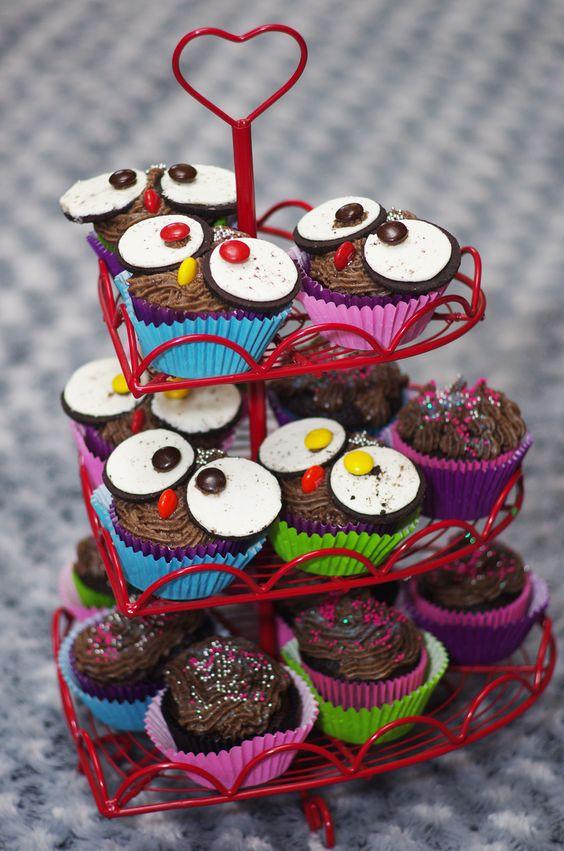 Benoni Party Venue - Oreo owl eye cupcakes by Shelley Eames