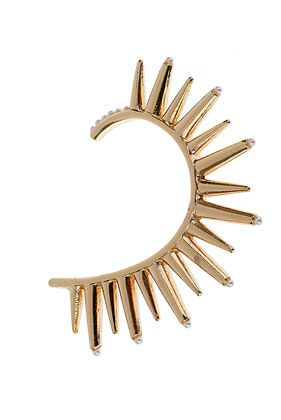ahh this is a cool alternative to an earring!
