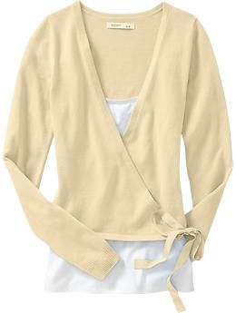 Love this pale yellow sweater