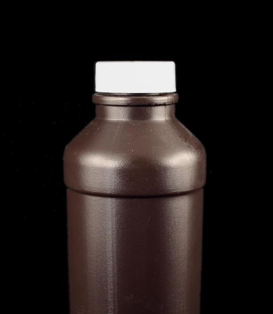 Hydrogen peroxide is amazing! Add a cup to your laundry to white clothes, pour on bloodstains, rinse your feet with a 1/1 HP/water mix to get rid of fungus, or add a tablespoon to a cup of non-chloronated water as a nasal spray. Swish a capful in your mouth to prevent canker sores, whiten your teeth, and freshen your breath. Clean your toothbrush in HP or use it for no-streak mirror cleaner.