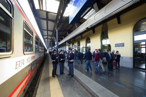 #Emilia #Romagna: #Polizia Ferroviaria: denunce e minori rintracciati più controlli per il 2 giugno (link: http://ift.tt/1WRCzYO )