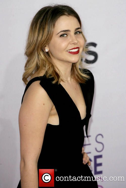 Mae Whitman 39th Annual People's Choice Awards at...