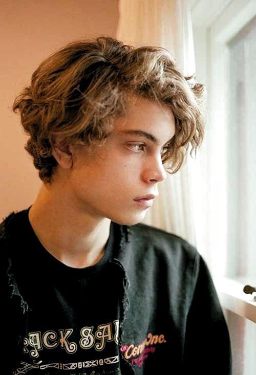 Hairstyles Boys Teenagers Curly In 2020 Hairstyles For Teenage Guys Blonde Hair Boy Boy Hairstyles