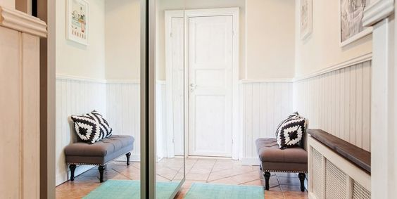 małe mieszkanie w białej aranżacji skandynawskiej