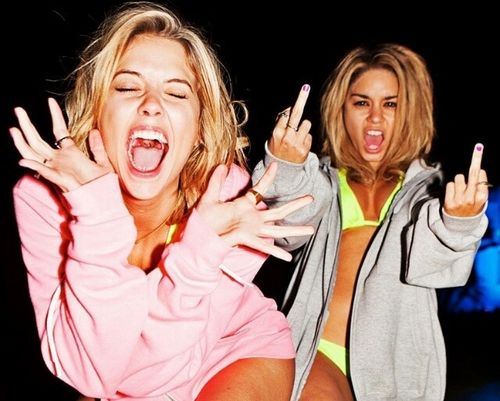IMAGE LOOK: Spring Breakers - This is the kind of attitude I want the shoot to bring accross. Devil may care. Don't give a f**k