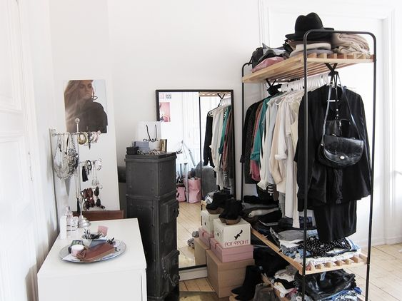 Another blogger's makeshift closet/dressing space #clothing_rack #closet #dressing_room #small_space
